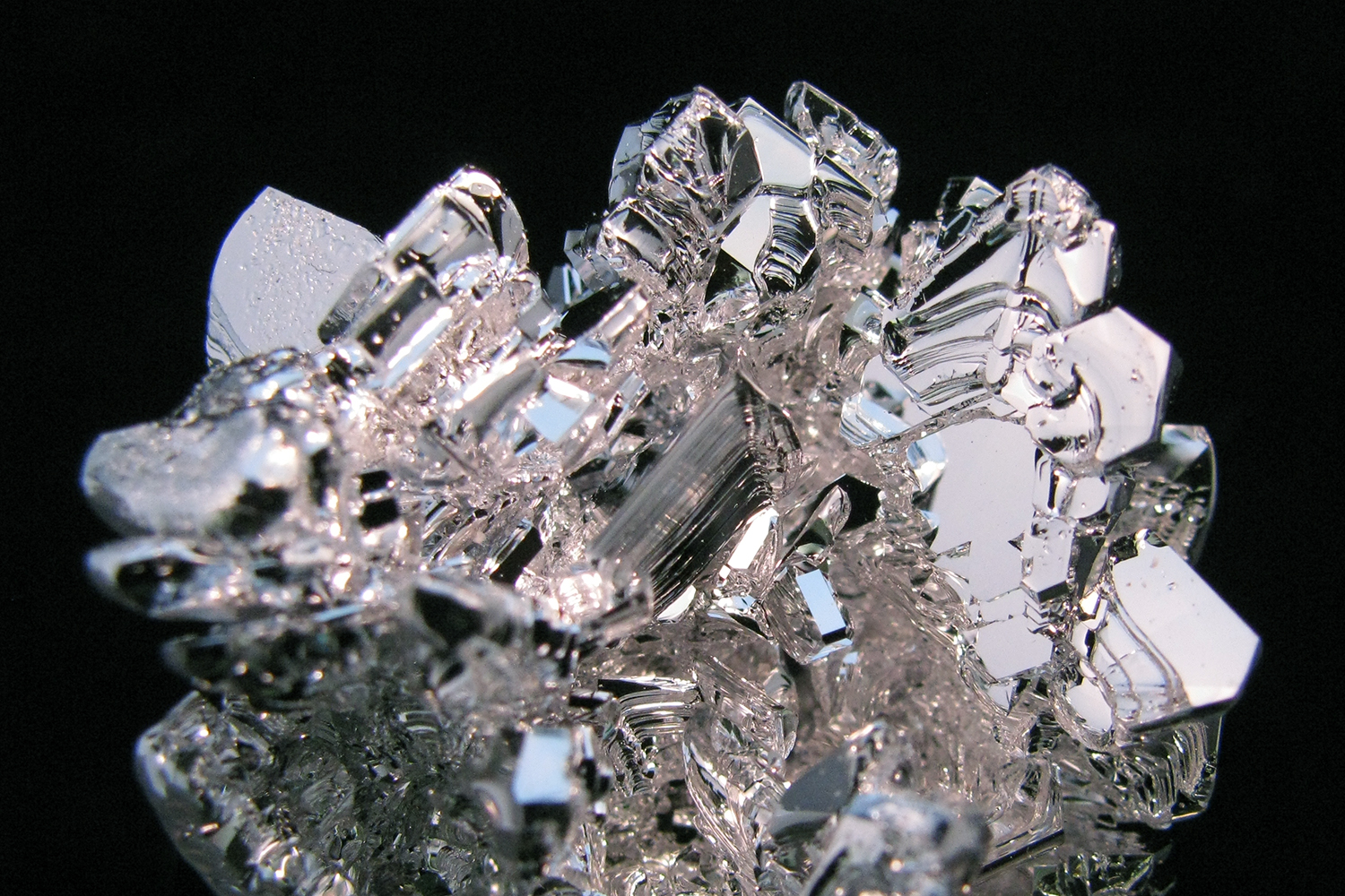 Displaying 19> Images For - Magnesium Metal...