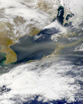 dust storm moving from China to western USA