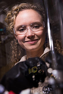 Kelsey Stoerzinger in epitaxy lab