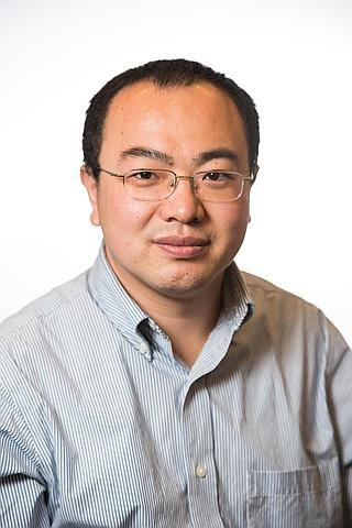Xin Zhang, portrait