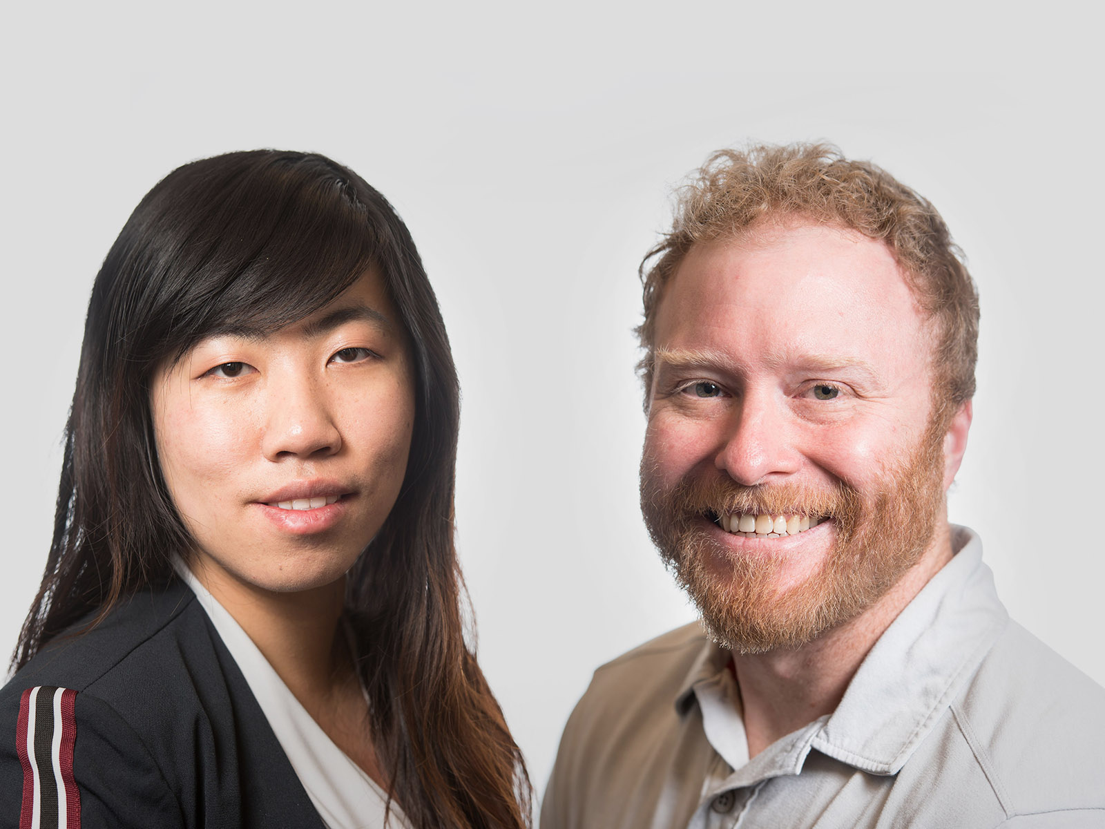 Chemical engineer Yuan Jiang, left, and green chemist David Heldebrant, right, are coauthors on a new study that describes properties of the carbon capture solvent, known as EEMPA, and its potential to remove CO2 from power plant emissions before the acidic gas can reach the atmosphere.