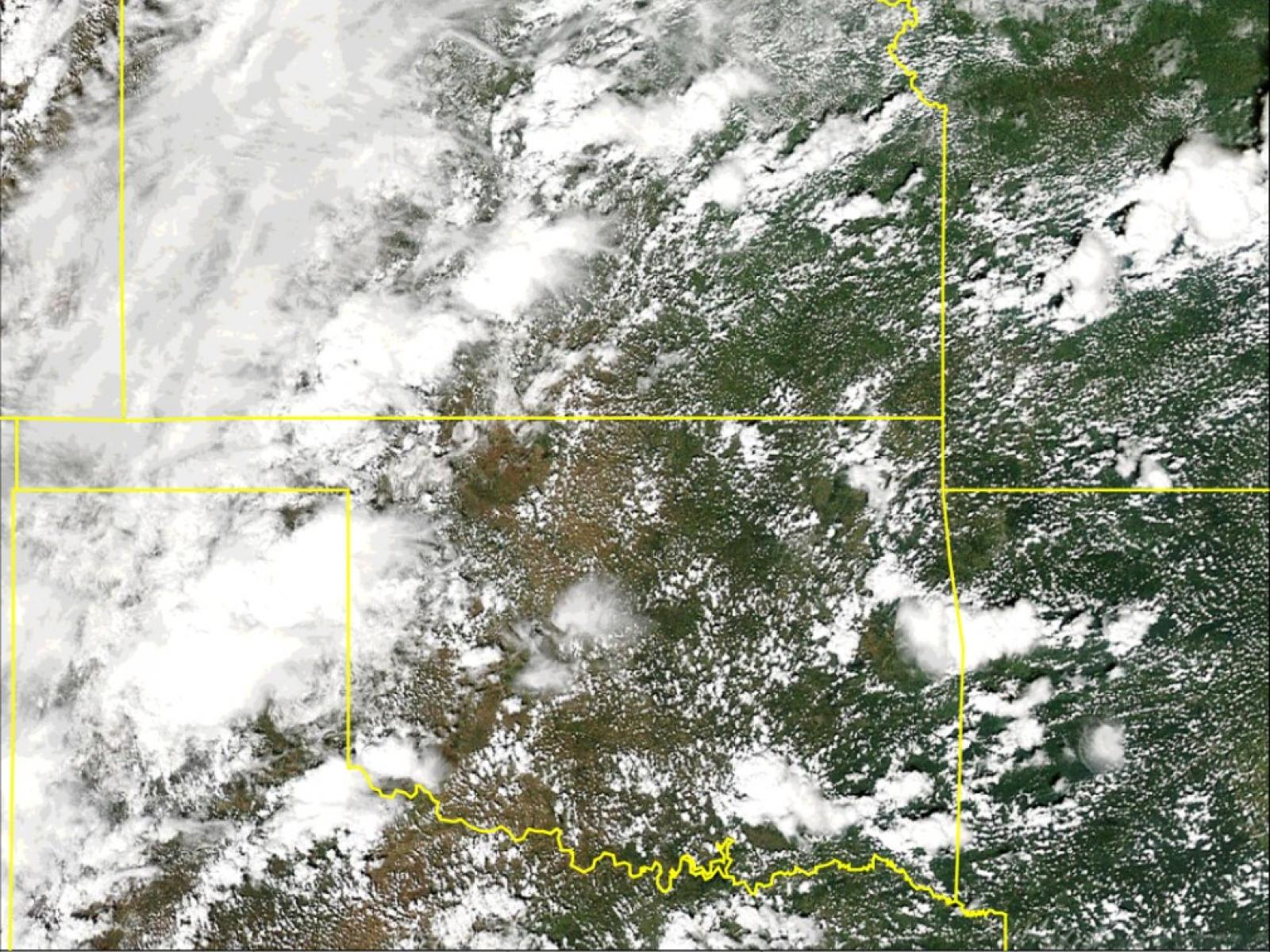 satellite image of clouds over the central United States