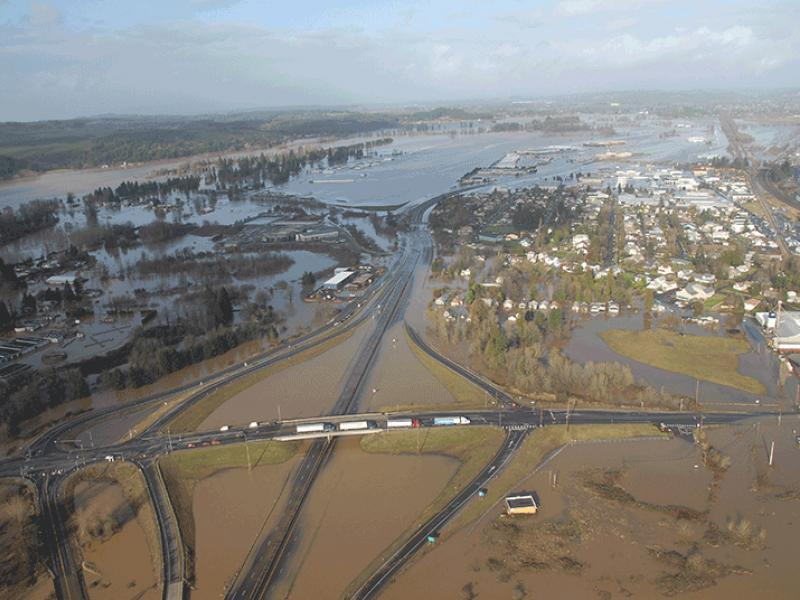 04_12_18_wsdot_I5_flooding_big