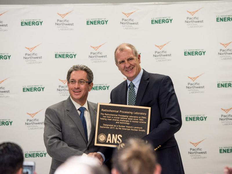 ANS-dedicates-nuclear-historic-landmark-award