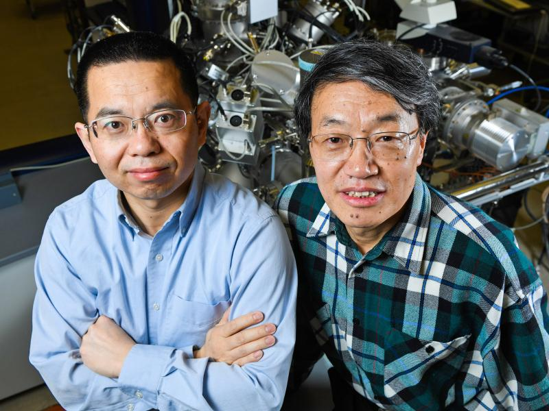 Battery researchers - PNNL