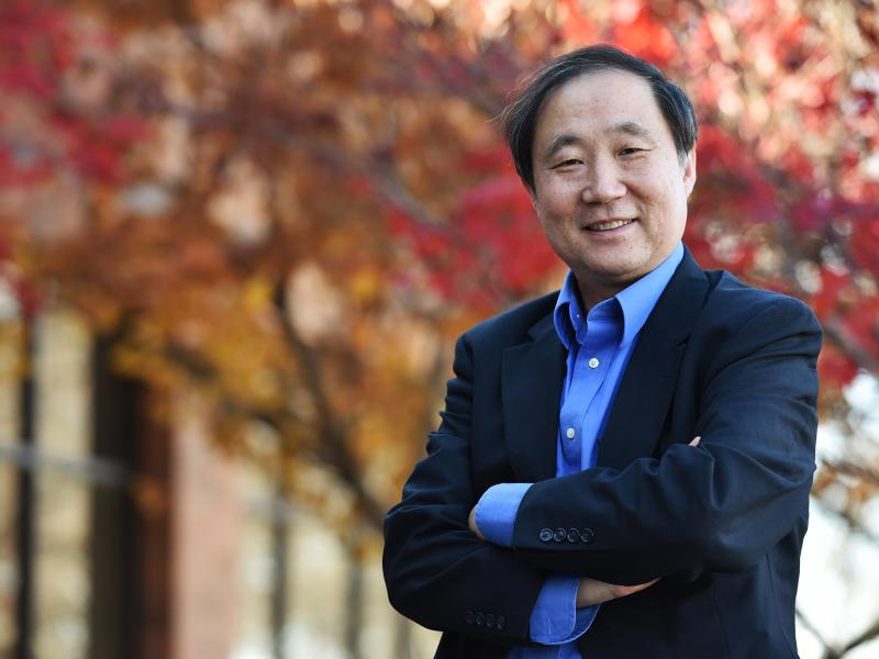 A recipient of the Royal Society of Chemistry Joseph Chatt Award, Yi Lu's work addresses fundamental questions about catalysts' mesoscale behavior that could one day lead to harnessing natural energy sources to produce electricity, fuels, and chemicals.